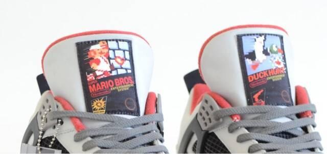 Lanzan unas Air Jordan limitadas con motivos de NES y SNES