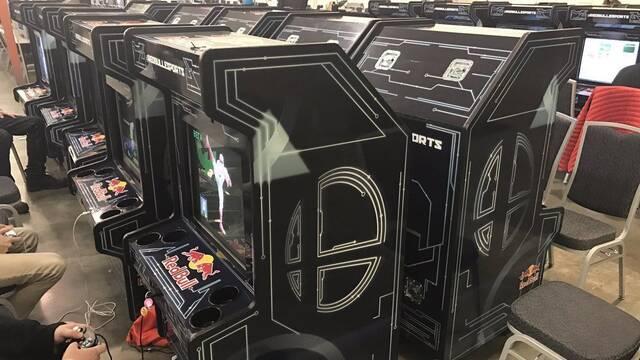 Fabrican muebles arcade de Super Smash Bros. Melee para un torneo