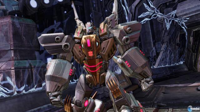 Nuevas imágenes de los 'dinobots' en Transformers: Fall of Cybertron