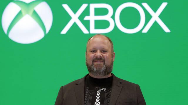 Microsoft sigue hablando con Sony para incluir juego cruzado entre consolas