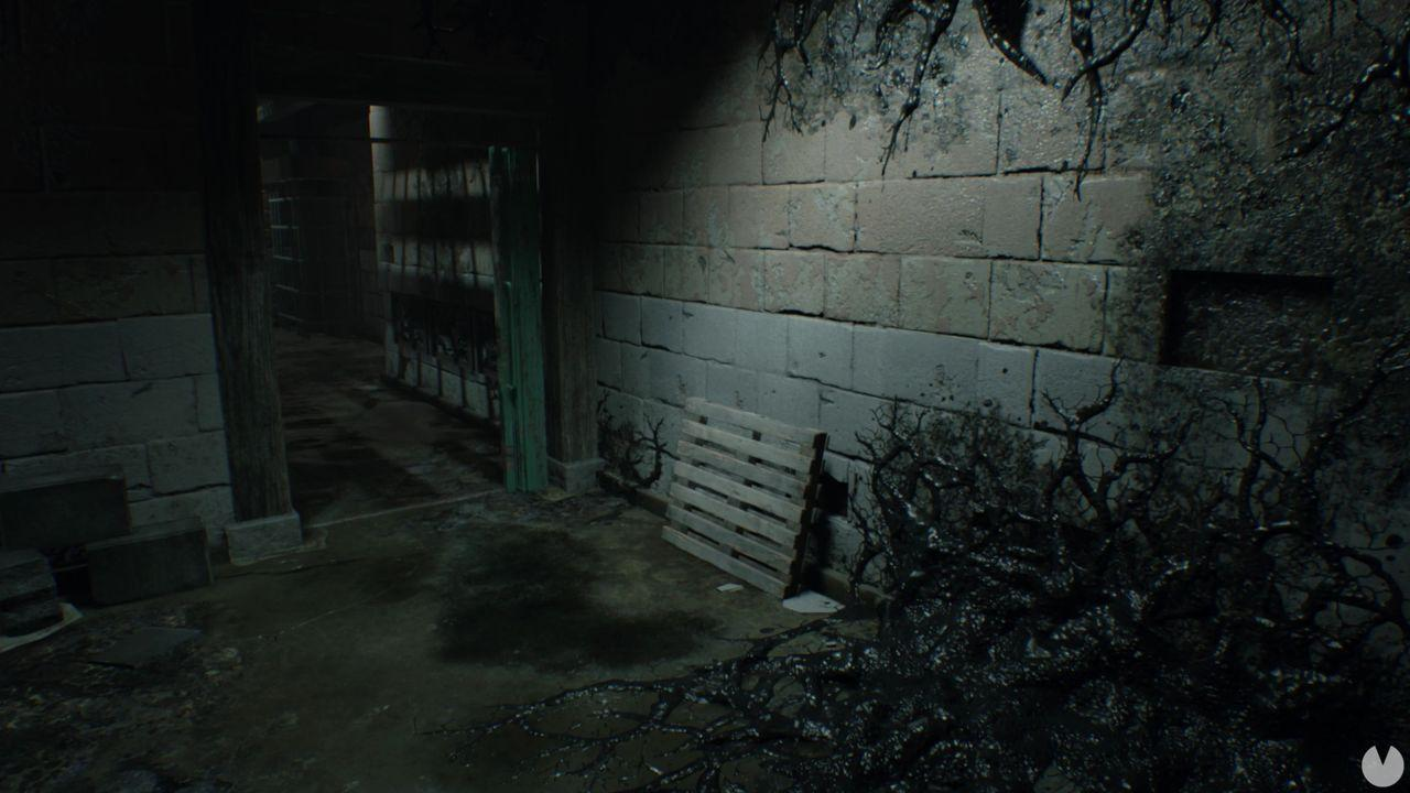 Resident Evil 7 Moneda Antigua 7