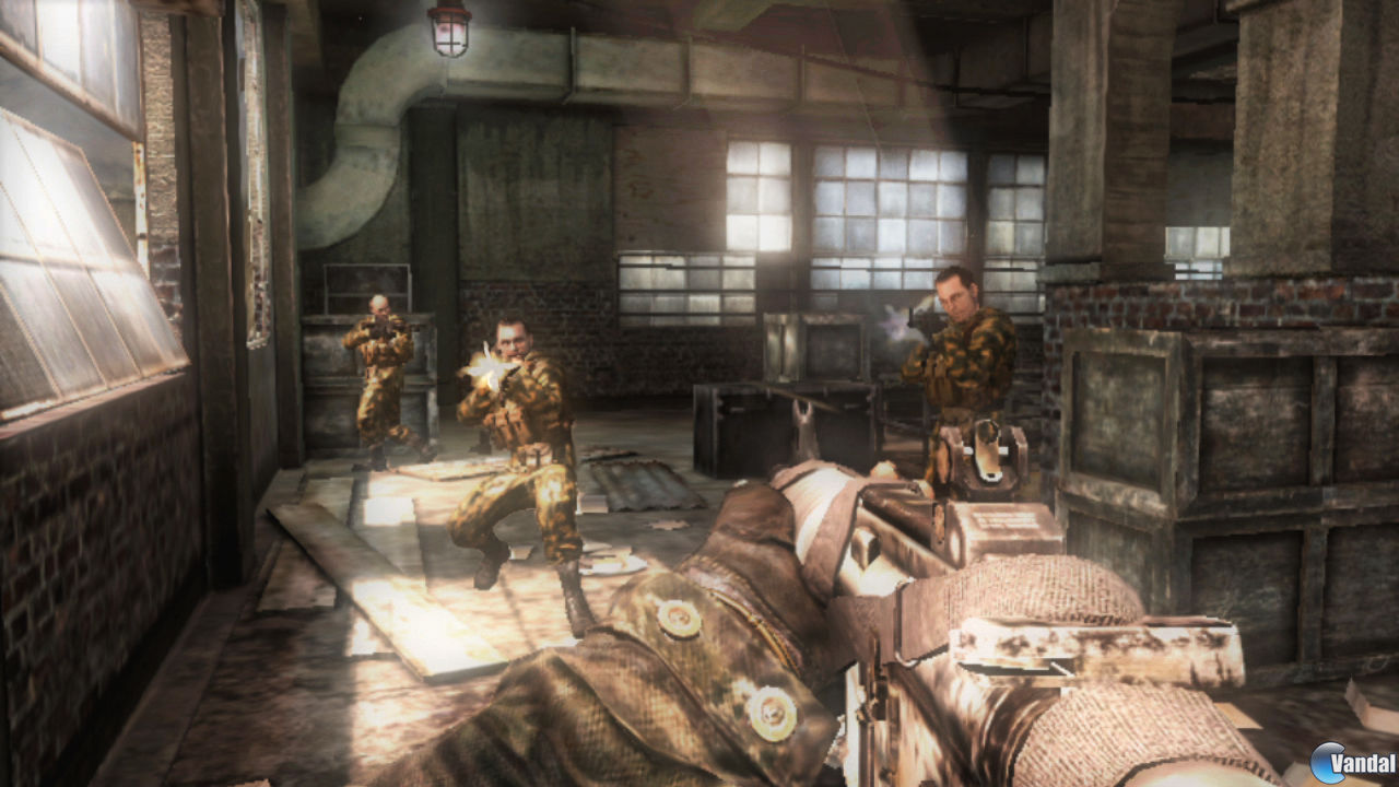 Imagen 3 de Call of Duty Black Ops: Declassified para PSVITA