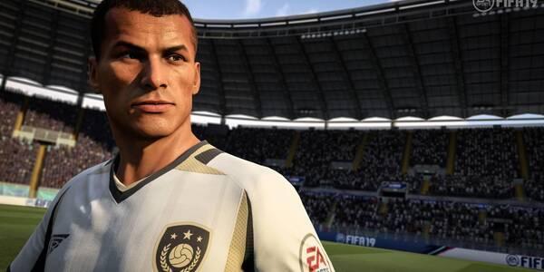 Todos los Jugadores con rasgo Clase en FIFA 19