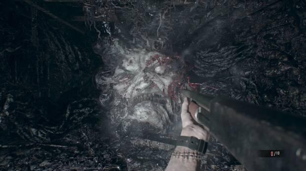 Resident Evil 7 Jefe final Primera Fase 2