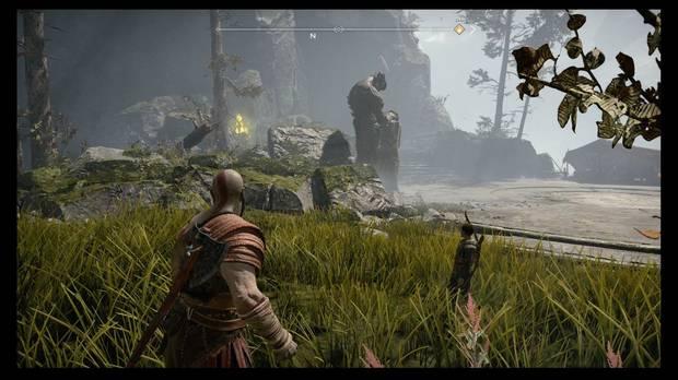 God of War - La senda a la montaña - La antorcha amarilla señala el cofre