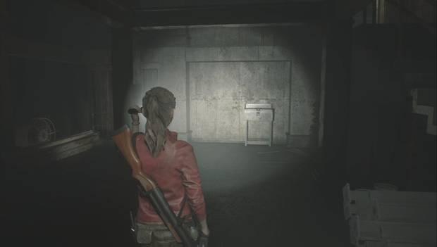 Resident Evil 2 Remake - Encuentra los enchufes: Vitrina STARS
