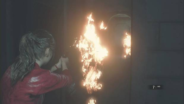 Resident Evil 2 Remake - Zombi en llamas