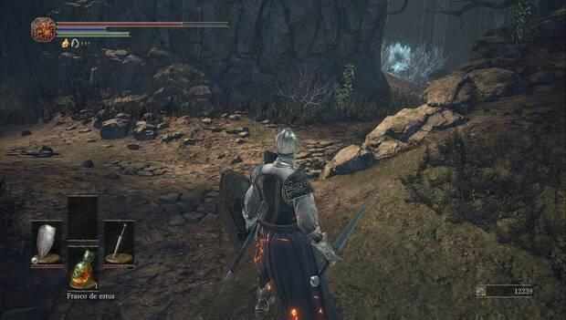 Dark Souls III - Catedral de la oscuridad: lagarto de cristal gigante en la catedral
