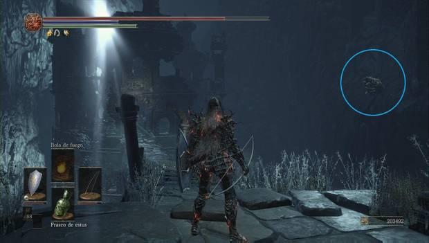 Dark souls III - Mazmorra de Irithyll: gárgola acechando en la pared