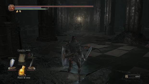 Dark Souls 3 - Anor Londo: araña de oscuridad en la nave de la iglesia