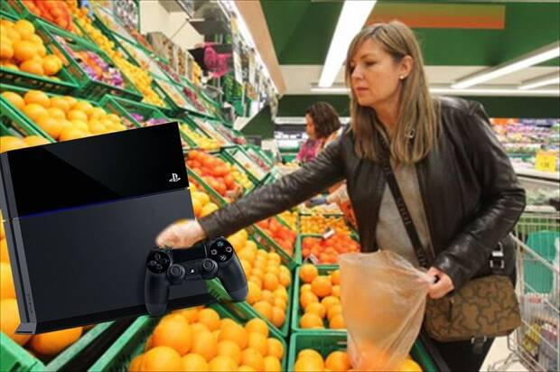 Pesa en el super una PS4 como si fuesen naranjas y se la lleva por 9,29 euros Imagen 2
