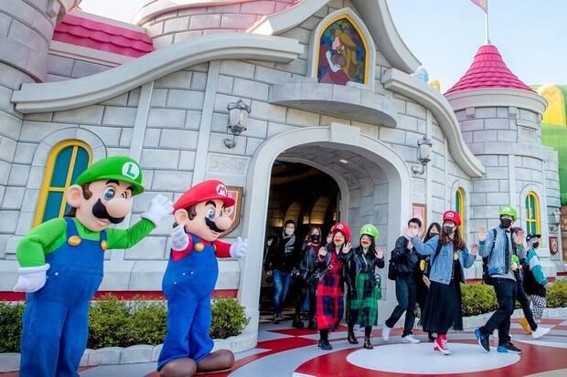 Super Nintendo World opens its doors