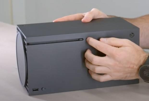 Xbox destaca la facilidad para poner Series X en vertical u horizontal en respuesta a PS5 Imagen 2