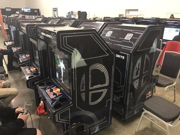 Fabrican muebles arcade de Super Smash Bros. Melee para un torneo Imagen 3