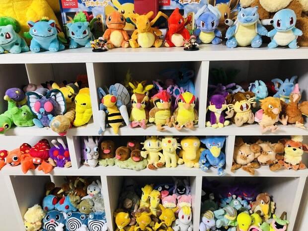 Se gasta 1400 euros para tener peluches de los 151 Pokémon originales Imagen 2