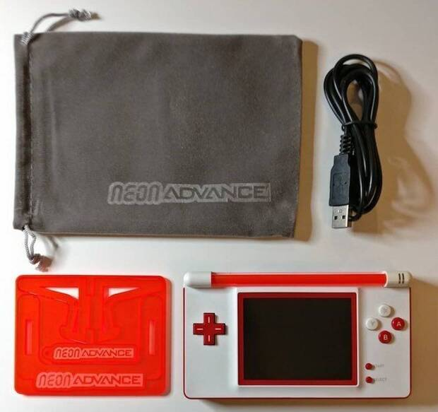 Este usuario les da una nueva oportunidad a las Nintendo DS Lite rotas Imagen 3