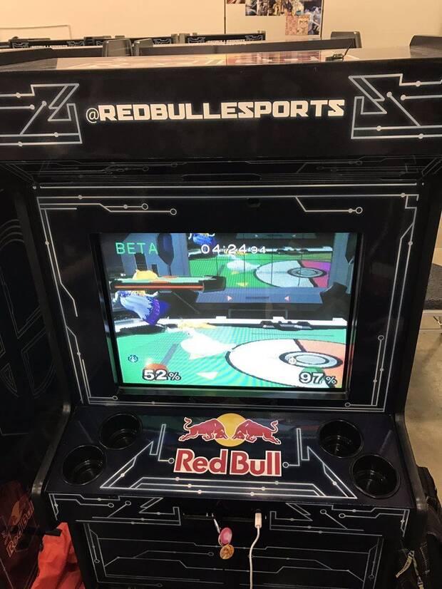 Fabrican muebles arcade de Super Smash Bros. Melee para un torneo Imagen 2