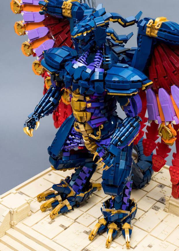 Construyen el Bahamut de Final Fantasy con 10.000 piezas de LEGO Imagen 3