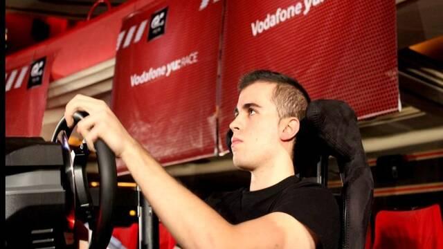 Óscar Ruiz gana la competición de Gran Turismo 6 yu: Race