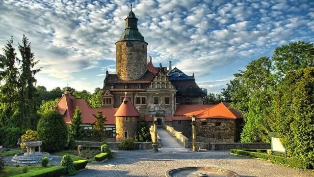 Celebran una LAN temática de Europa Universalis IV en un castillo