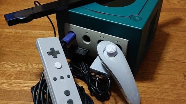 Aparecen fotos del prototipo del mando de Wii para GameCube