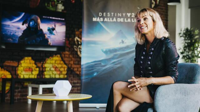 Destiny 2 Más allá de la luz la desconocida maggie civantos vis a vis