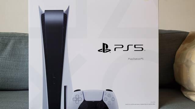 La caja de PS5 incluye instrucciones sobre cómo transferir datos de PS4 a PS5