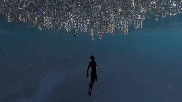 Recrean la famosa escena de Spider-Man: Un nuevo universo en Spider-Man: Miles Morales.