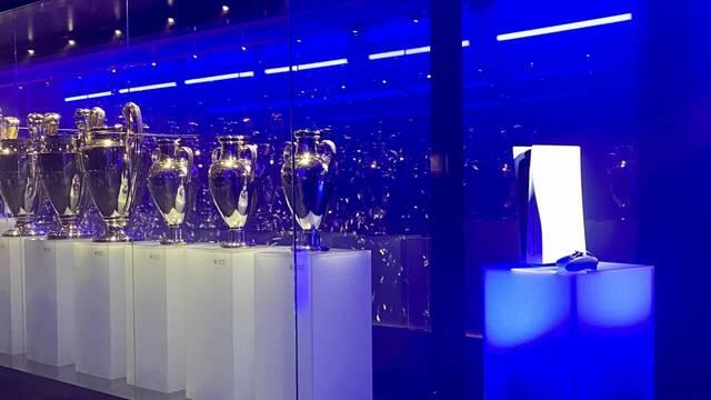 PS5 se cuela en la sala de trofeos del Real Madrid.