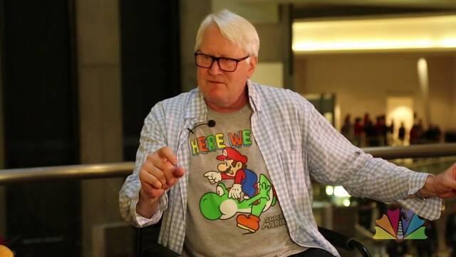 Charles Martinet, voz de Mario, recibe un premio Guinness