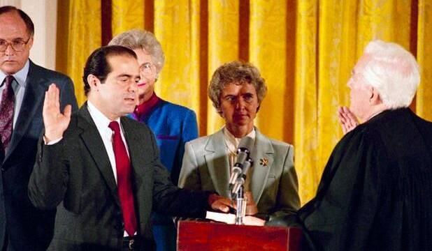 Fallece Antonin Scalia, responsable de una importante sentencia de EE.UU para los videojuegos