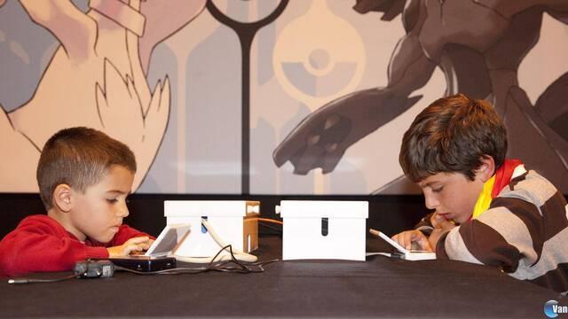 El campeón de la categoría Junior del Campeonato Nacional de Pokémon 2012 tiene cinco años