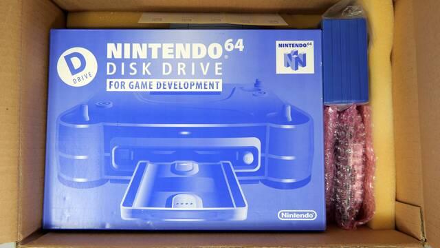 Así es un kit de desarrollo de Nintendo 64DD en perfecto estado