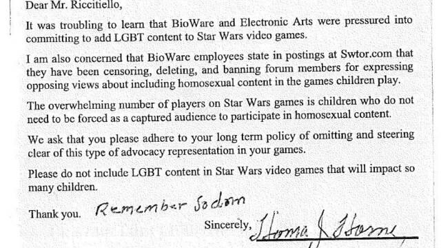 Acoso a Electronic Arts por incluir personajes homosexuales