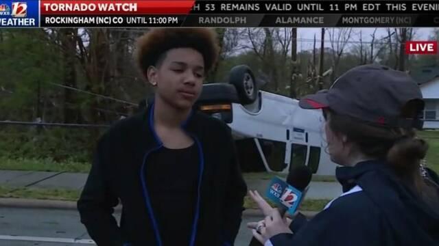 Se queda en casa jugando a Fortnite mientras un tornado arrasa su barrio