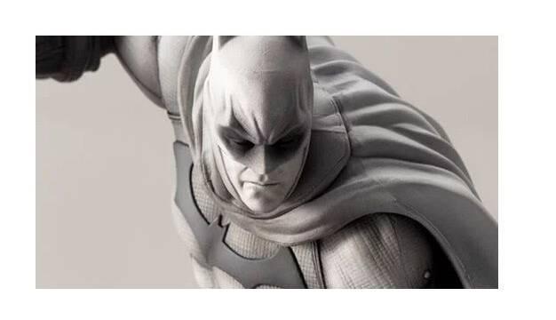 Presentada una espectacular figura de Batman por el aniversario de Arkham