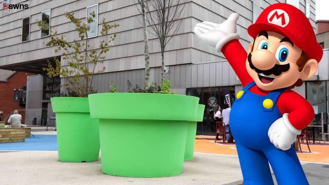 El ayuntamiento de un pueblo de Inglaterra instala macetas parecias a las tuberías de Mario