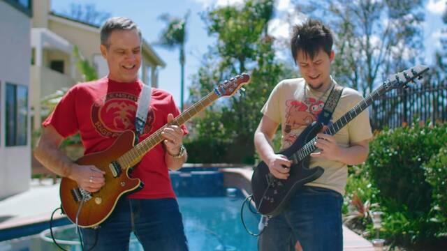 El guitarrista de Cadence of Hyrule y Grant Kirkhope tocan juntos