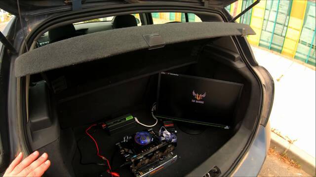 Monta un PC en el maletero del coche para que no le estafen al comprar en Wallpop