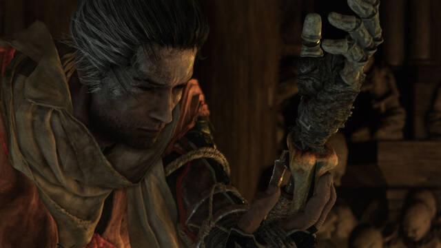 Vence a los jefes de Sekiro: Shadows Die Twice tirándoles monedas