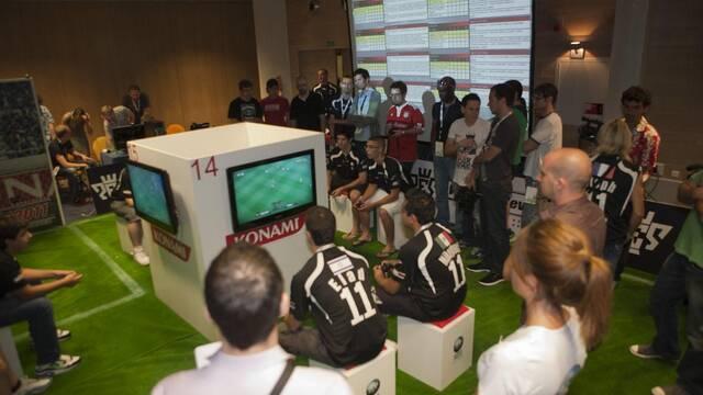 Un portugués es el mejor jugador de Pro Evolution Soccer 2010