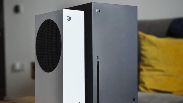 Xbox Series X se muestra en la vida real.