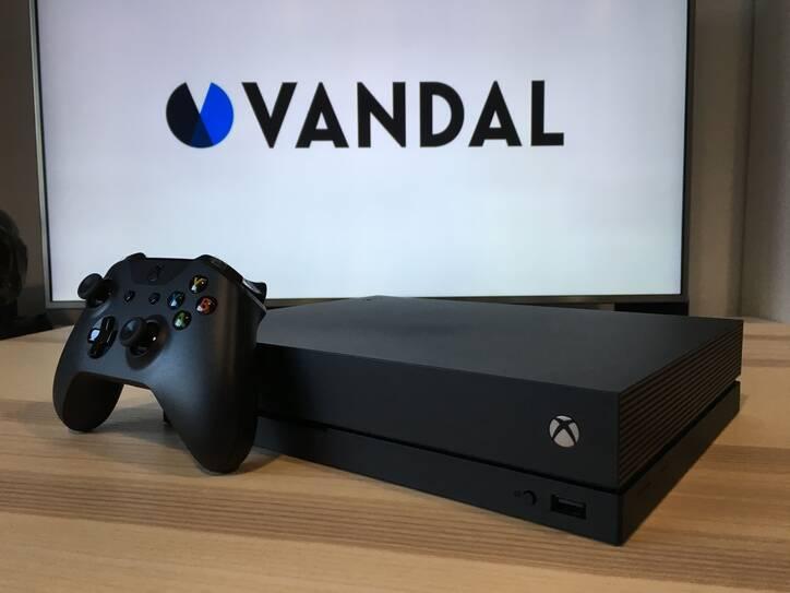 Xbox One X de cerca