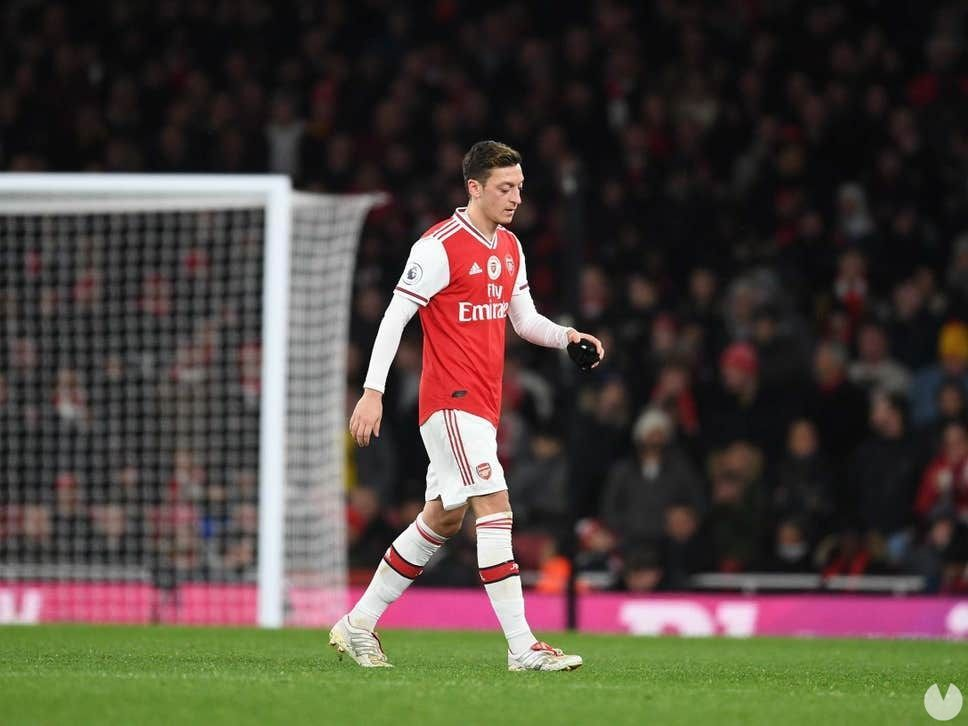 Mesut Özil will be removed from Pro Evolution Soccer in China for political reasons
