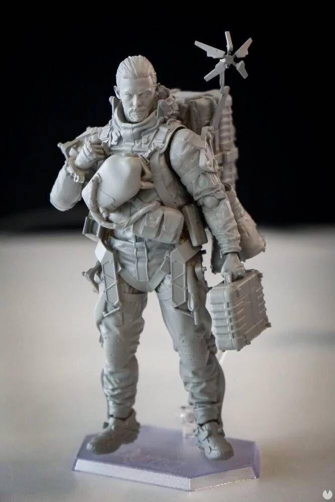 Kojima zeigt eine figur von Sam, der protagonist von Death Stranding